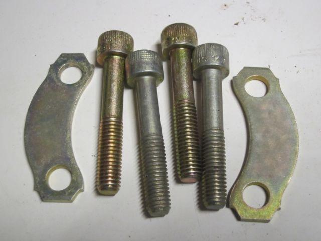 4x Schraube Antriebswelle